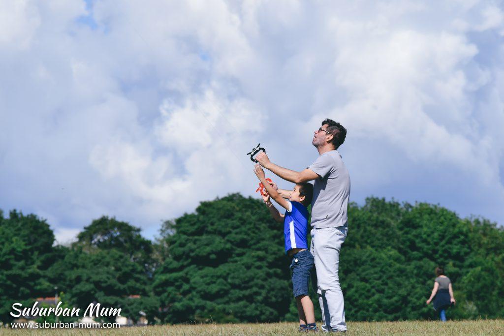 kite-flying-epsom-downs