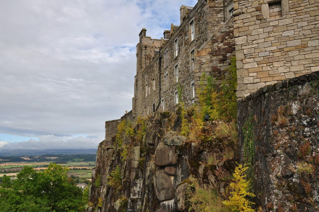 stirling-castle-scotland'