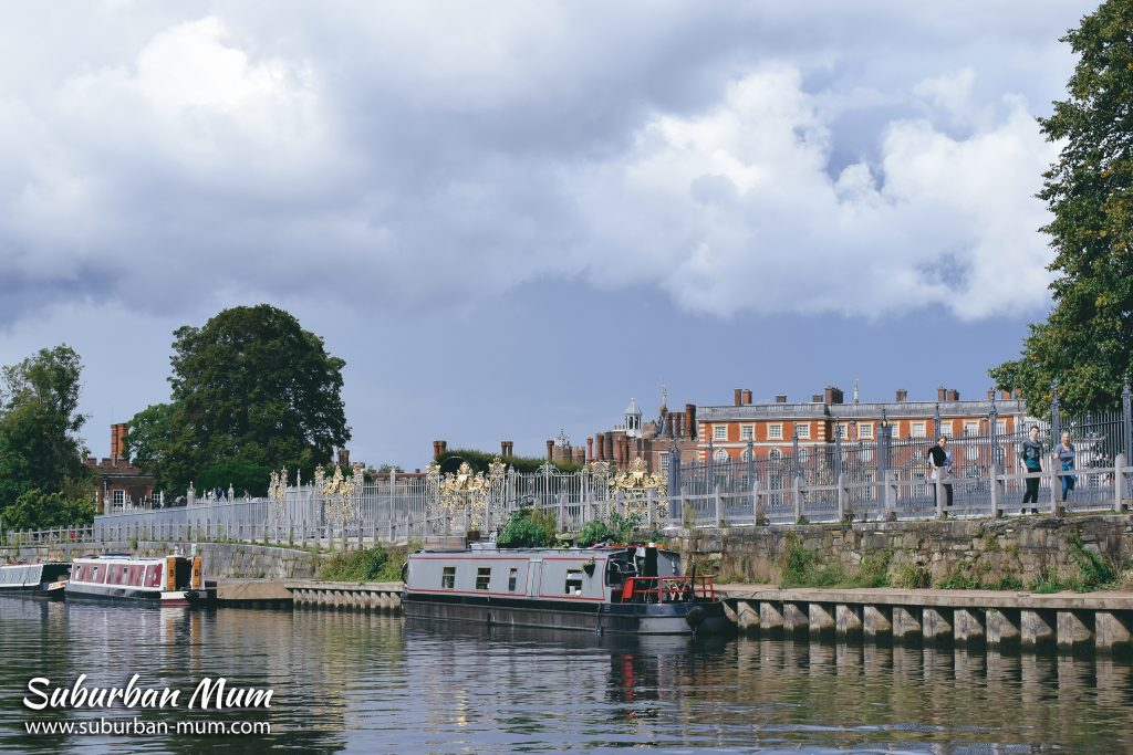 hampton-court-goboat-kingston