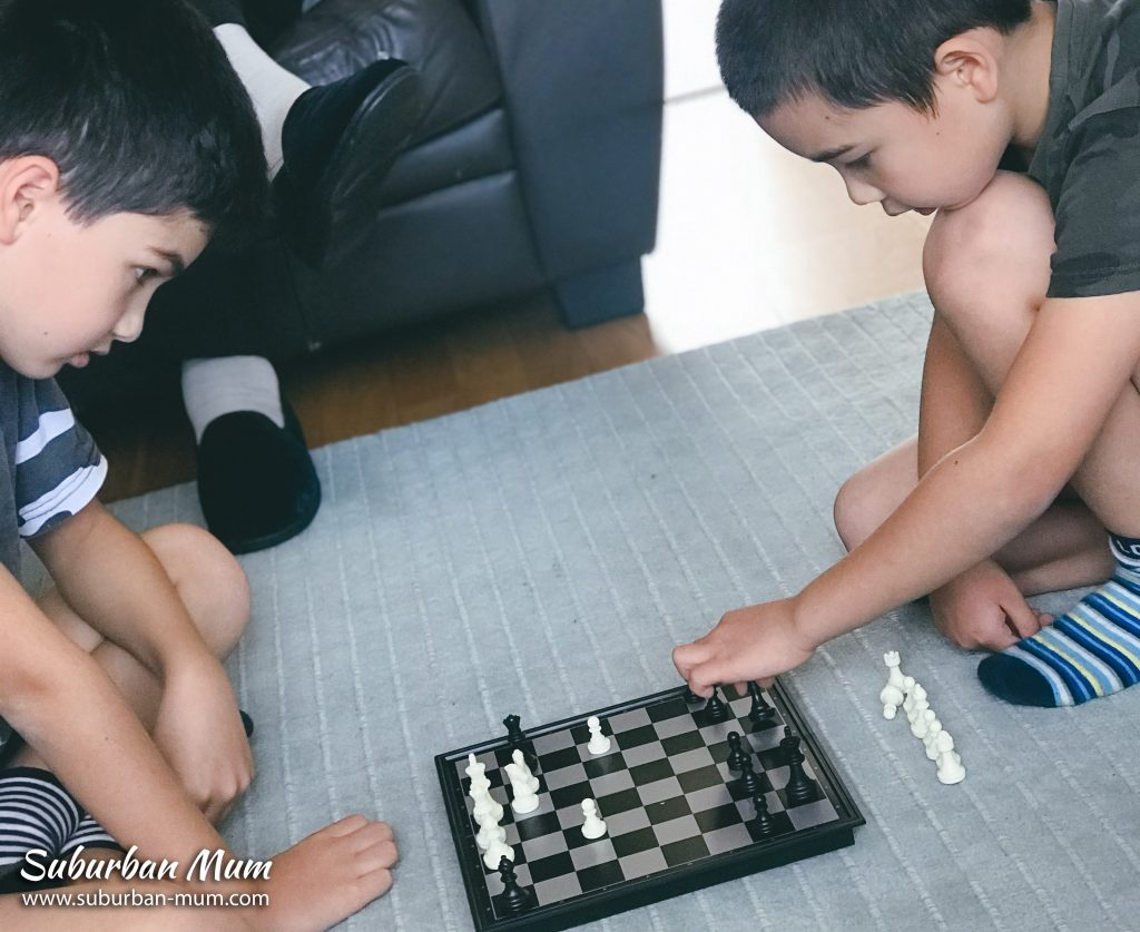 boys-chess