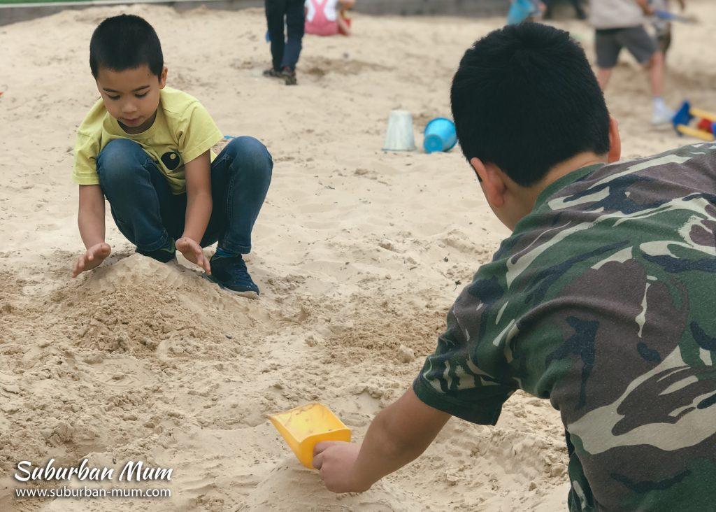 boys-godstone-farm-sandpit